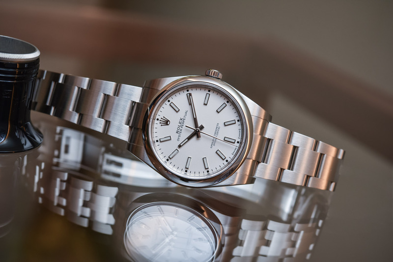8 Cool 3-Hander Watches with Sports-Elegant Look