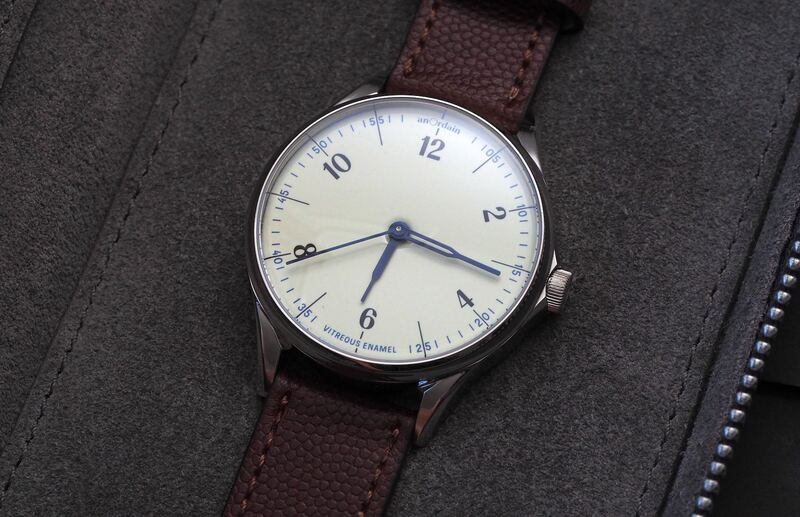 Hands-On Review Of The AnOrdain Model 1 In Iron Cream