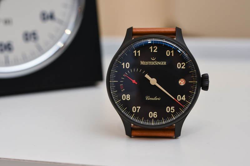 The MeisterSinger Black Line – A Darker and Sportier Take on the Single-Hand Concept